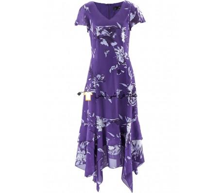 خانم ها با سجاف دستمال و چاپ گل لباس